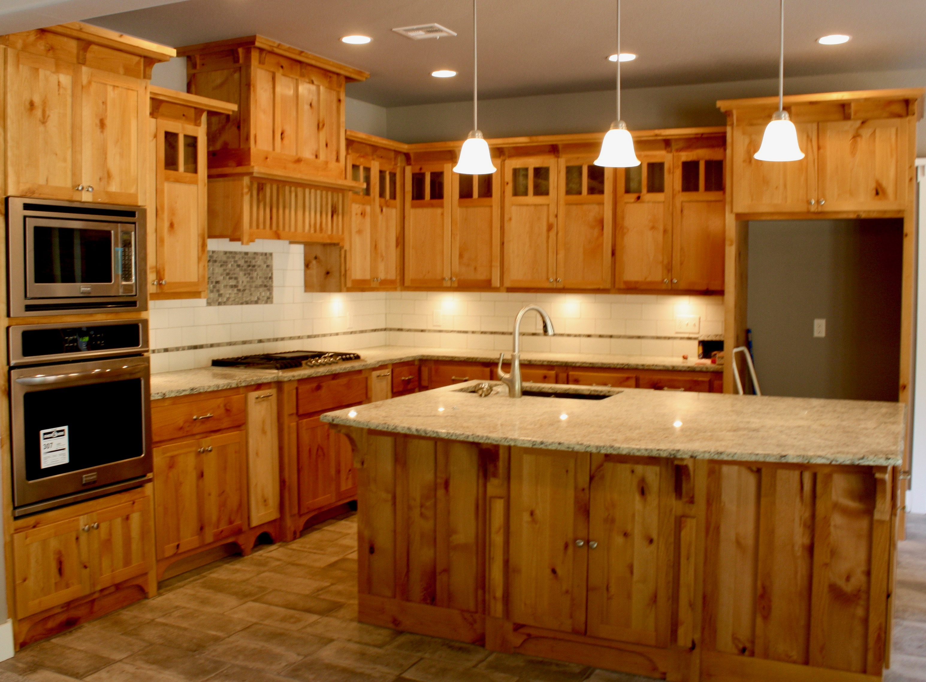 Delicieux Kitchen,stove,cabinets,