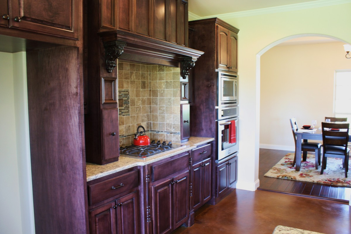 House 2 - Kitchen Cabinets | Redwood Construction